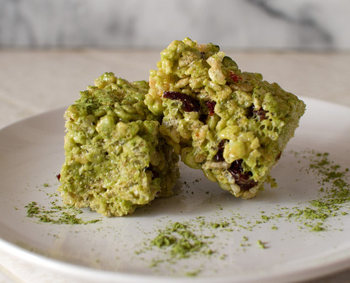 green tea and sour cherry rice krispie treats