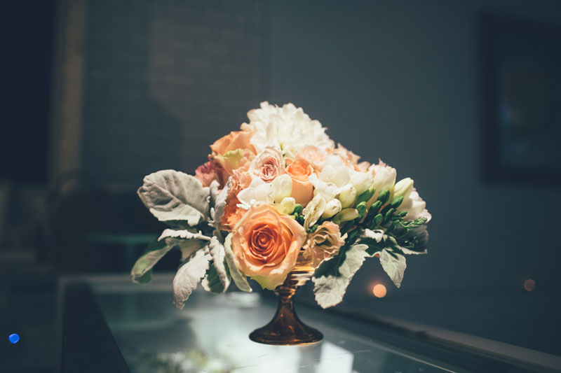 Barb at Blanc Floral Designs did an AMAZING job with the arrangements. Seriously. Amazeballs.  photo credit: Chantal Pasag | Pasagraphy