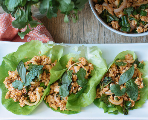 pork larb lettuce cups recipe on fmitk.com